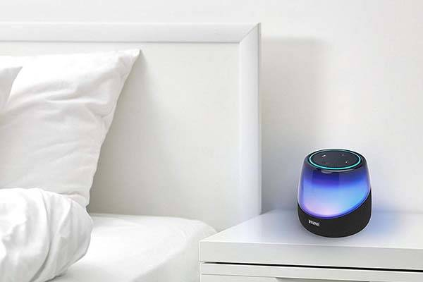 iHome iAV5 color changing Bluetooth speaker brings charming light effects into your room