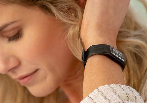 Garmin has unveiled the Vivosmart 4, its latest fitness tracker with the pulse oximeter sensor