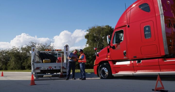 What To Do When a Commercial Truck Breaks Down